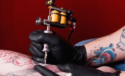 Get 1 sq inch tattoo worth Rs 500 free