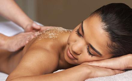 Rs 599 for body scrub, body polishing, head massage & more!